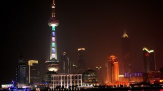 美しい夜景と優しいストーリーに気分がリラックス『夜の上海』
